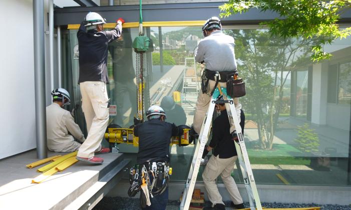 一般家庭での窓ガラス施工の流れ⑤ガラス取り付け